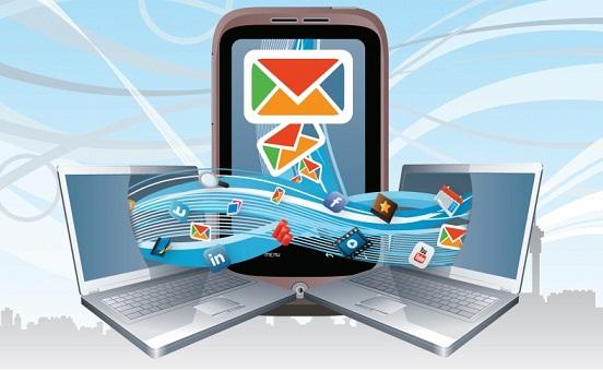 Tại sao nên thiết kế Email Marketing cho thiết bị di độngsocial-mobile-email