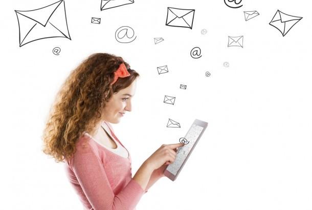 Làm thế nào để xây dựng danh sách Email ?